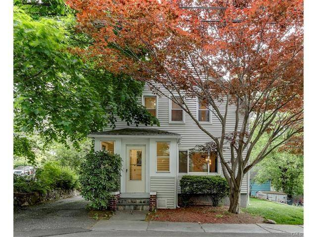 Single Family Home Sold in Fairfield CT 06824. Old colonial cape cod house near waterfront with 2 car garage.