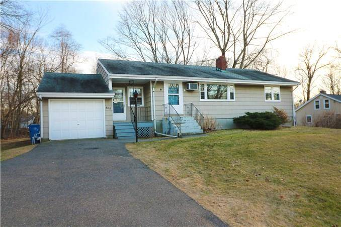 Single Family Home Rented in Shelton CT 06484. Ranch house near waterfront with 1 car garage.
