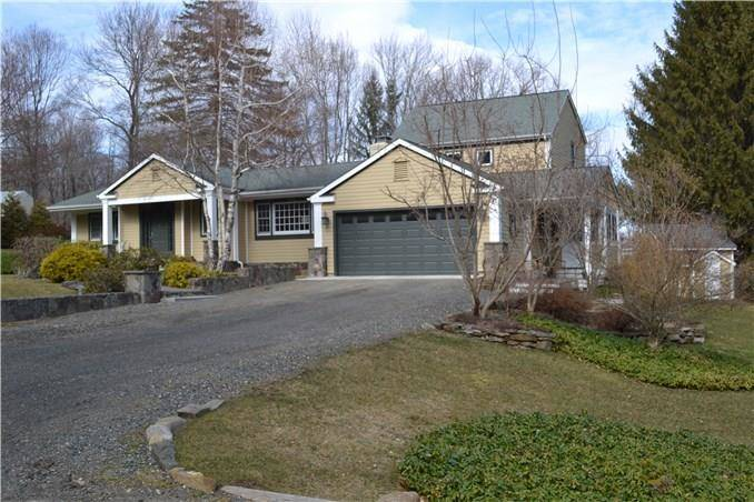Single Family Home Sold in Sherman CT 06784. Contemporary, ranch house near beach side waterfront with swimming pool and 2 car garage.