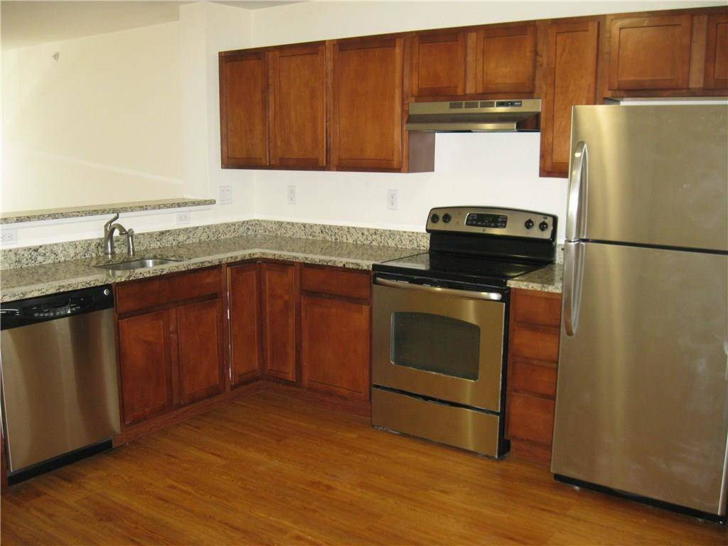 Foreclosure: Multi Family Home Rented in Danbury CT 06810.  townhouse near waterfront.