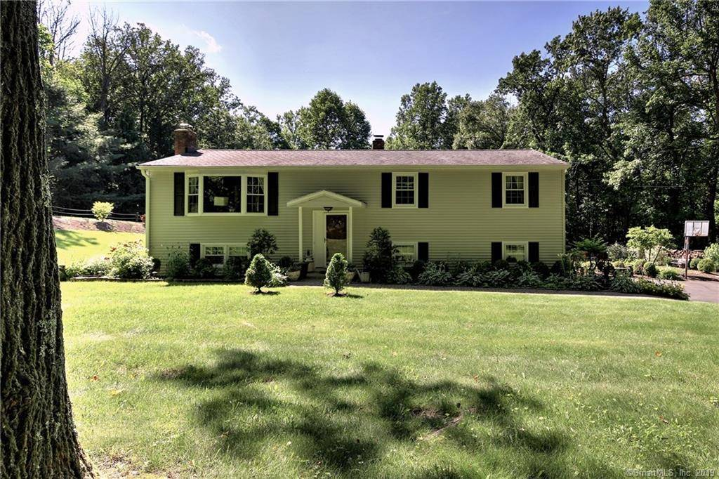 Single Family Home Sold in Newtown CT 06470. Ranch house near river side waterfront with 2 car garage.