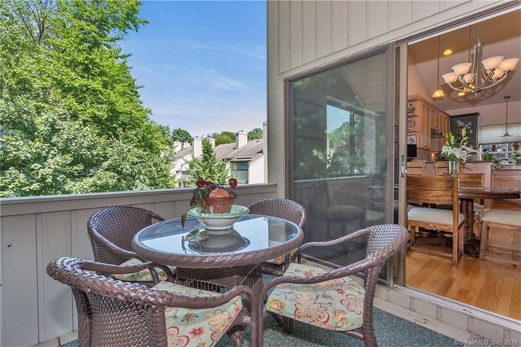 43 Whitney Glen Unit 43 In Westport Ct Is A Condo Home