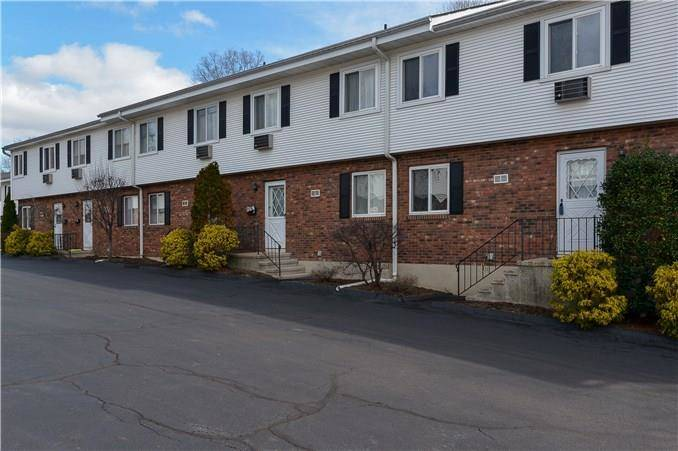 Condo Home Sold in Stamford CT 06907.  townhouse near river side waterfront with 1 car garage.