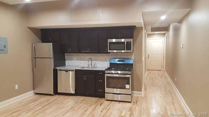 Multi Family Home Rented in Stamford CT 06906. Contemporary house near waterfront.