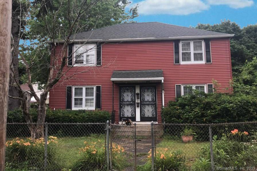 Foreclosure: Multi Family Home Sold in Bridgeport CT 06610.  house near waterfront.