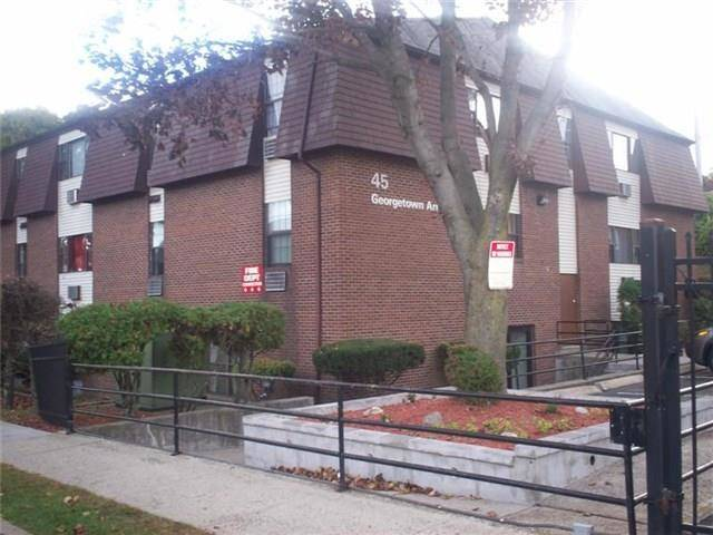 Foreclosure: Short Sale: Condo Home Sold in Bridgeport CT 06606. Ranch house near waterfront.
