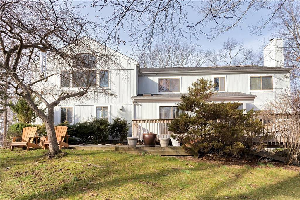 Single Family Home Sold in Stamford CT 06903. Contemporary, colonial house near beach side waterfront with 2 car garage.