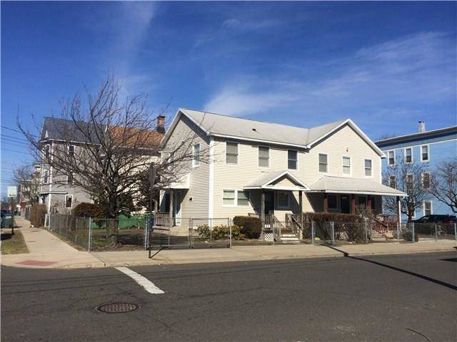 Single Family Home Sold in Bridgeport CT 06608.  house near waterfront.