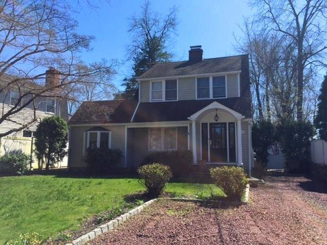 Single Family Home Rented in Stamford CT 06907. Old colonial house near beach side waterfront.