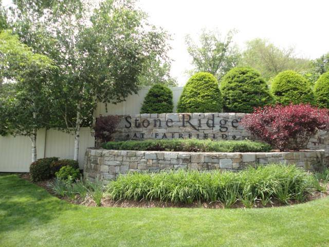 Condo Home Sold in Fairfield CT 06824. Ranch house near waterfront with 1 car garage.