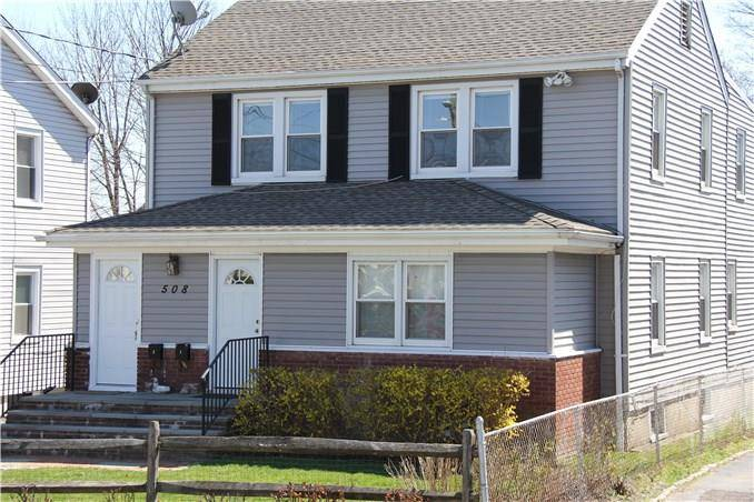Multi Family Home Rented in Stamford CT 06902. Old colonial house near waterfront.