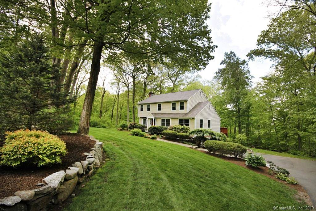 Single Family Home Sold in Norwalk CT 06851. Colonial house near beach side waterfront with 2 car garage.