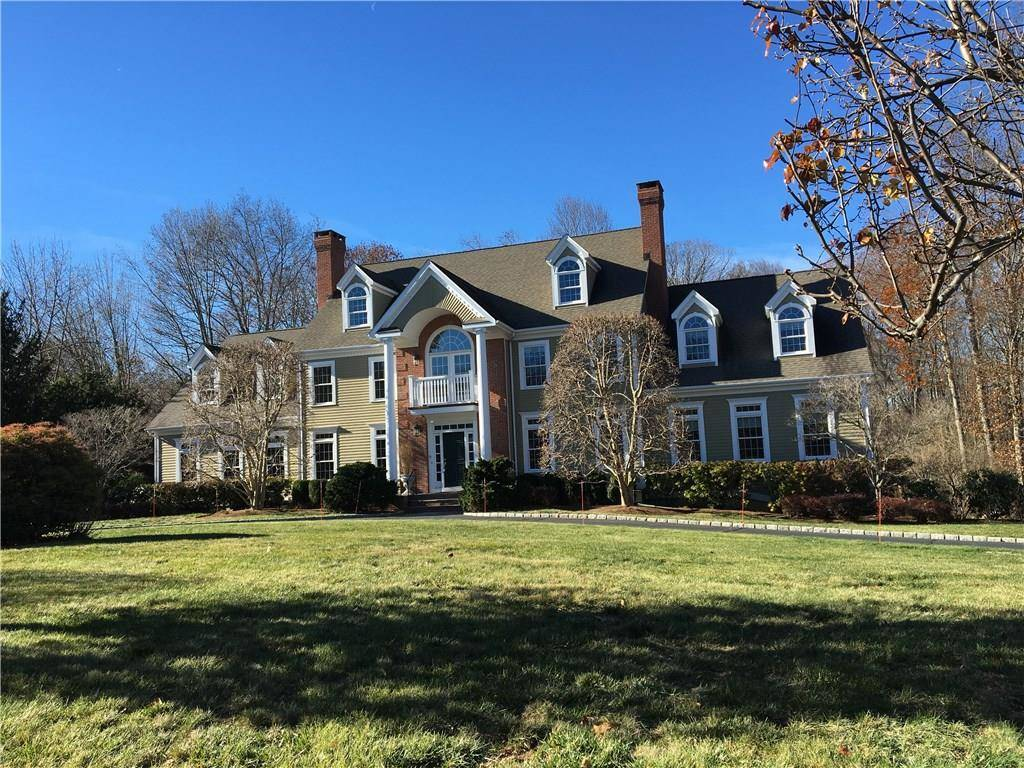 Mansion Sold in Easton CT 06612. Big colonial house near waterfront with 3 car garage.