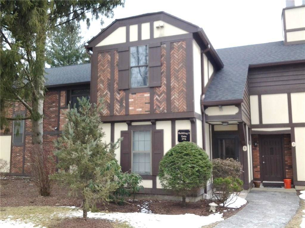 Condo Home Sold in Brookfield CT 06804. Tudor house near waterfront with swimming pool.