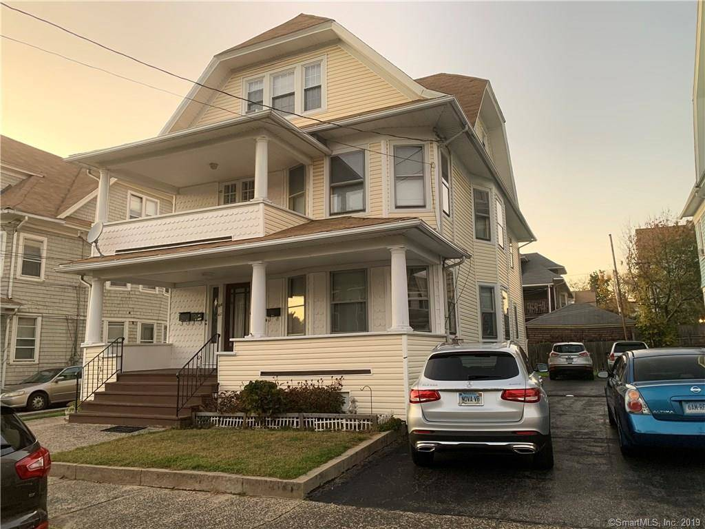 Multi Family Home Sold in Bridgeport CT 06604. Old  house near waterfront.