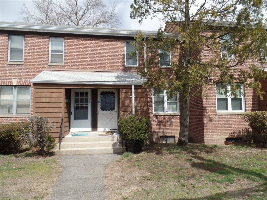 Condo Home Rented in Bridgeport CT 06610.  townhouse near beach side waterfront.