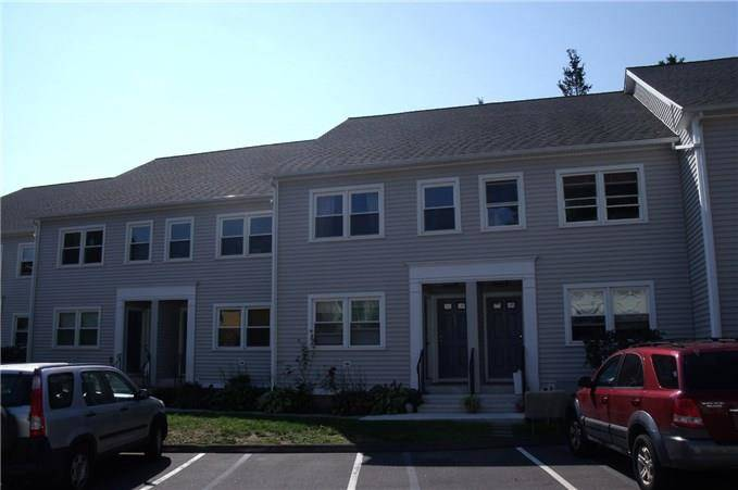 Condo Home Sold in Bridgeport CT 06605. Ranch house near beach side waterfront.