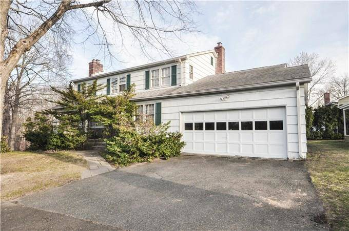 Single Family Home Sold in Stamford CT 06906. Colonial house near beach side waterfront with 2 car garage.