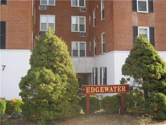 Condo Home Rented in Stamford CT 06905.  house near waterfront.