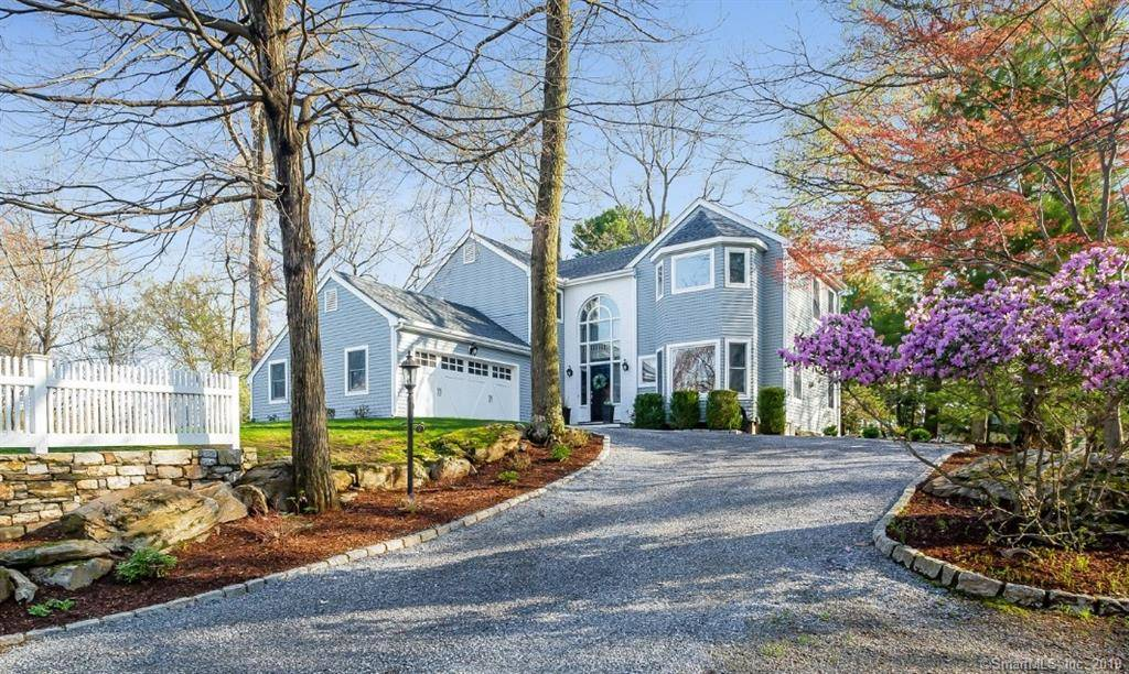 Single Family Home Sold in Westport CT 06880. Contemporary, colonial house near beach side waterfront with 2 car garage.