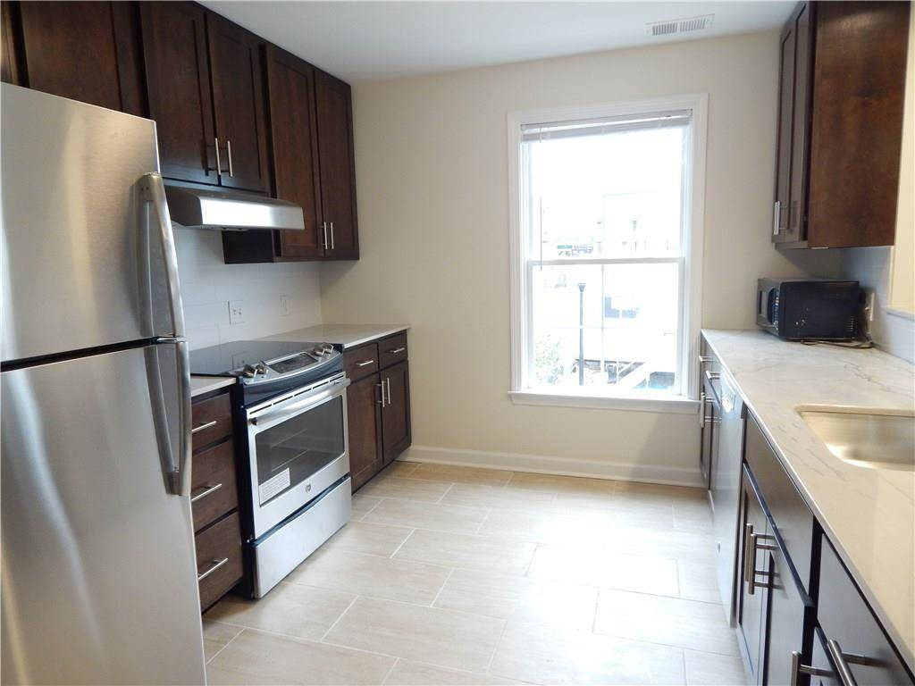 Residential Property Rented in Stamford CT 06902.  townhouse near waterfront.