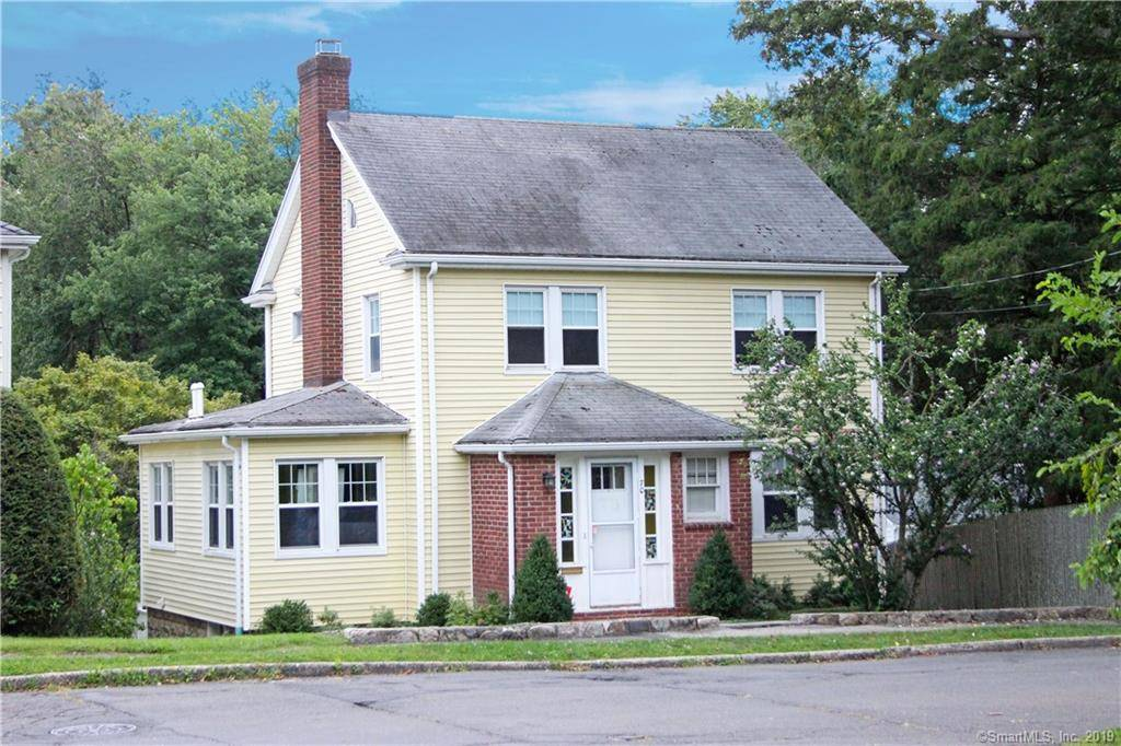 Single Family Home Sold in Stamford CT 06907. Old colonial house near beach side waterfront with 2 car garage.