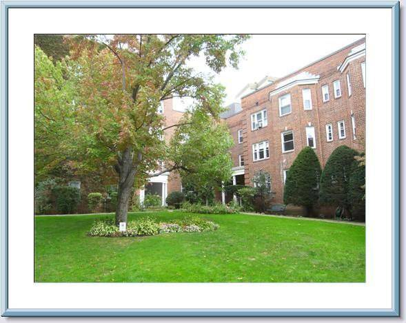 Condo Home Rented in Stamford CT 06902. Old  house near beach side waterfront with 1 car garage.