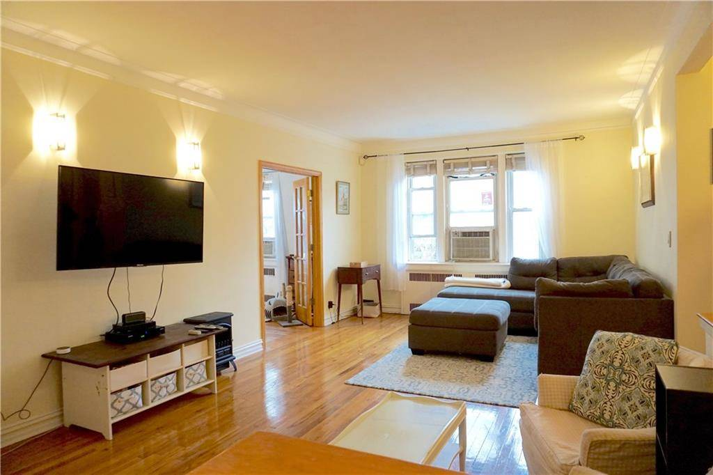 Condo Home Rented in Stamford CT 06902. Old ranch house near waterfront.