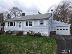 Single Family Home Rented in Ridgefield CT 06877. Ranch house near waterfront with 1 car garage.