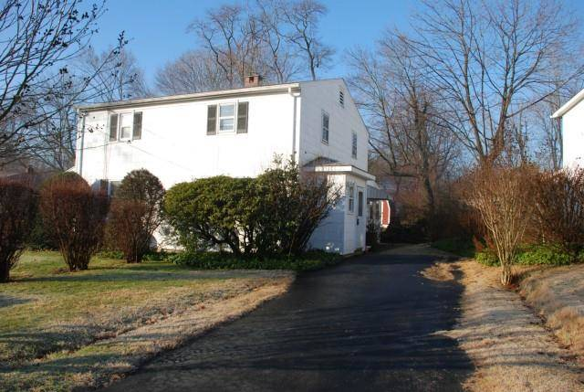 Multi Family Home Rented in Fairfield CT 06825.  house near beach side waterfront.