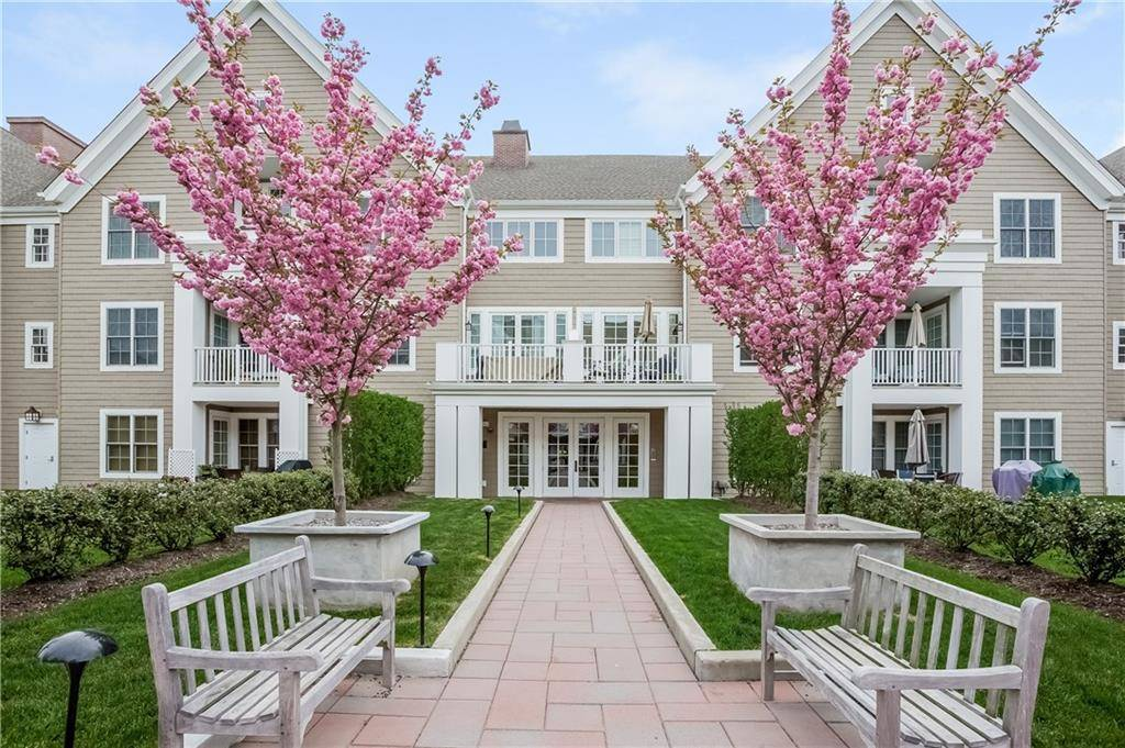 Condo Home Sold in Stamford CT 06902.  house near beach side waterfront with swimming pool and 2 car garage.