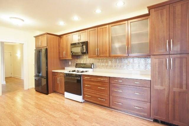 Condo Home Rented in Norwalk CT 06850.  house near beach side waterfront.