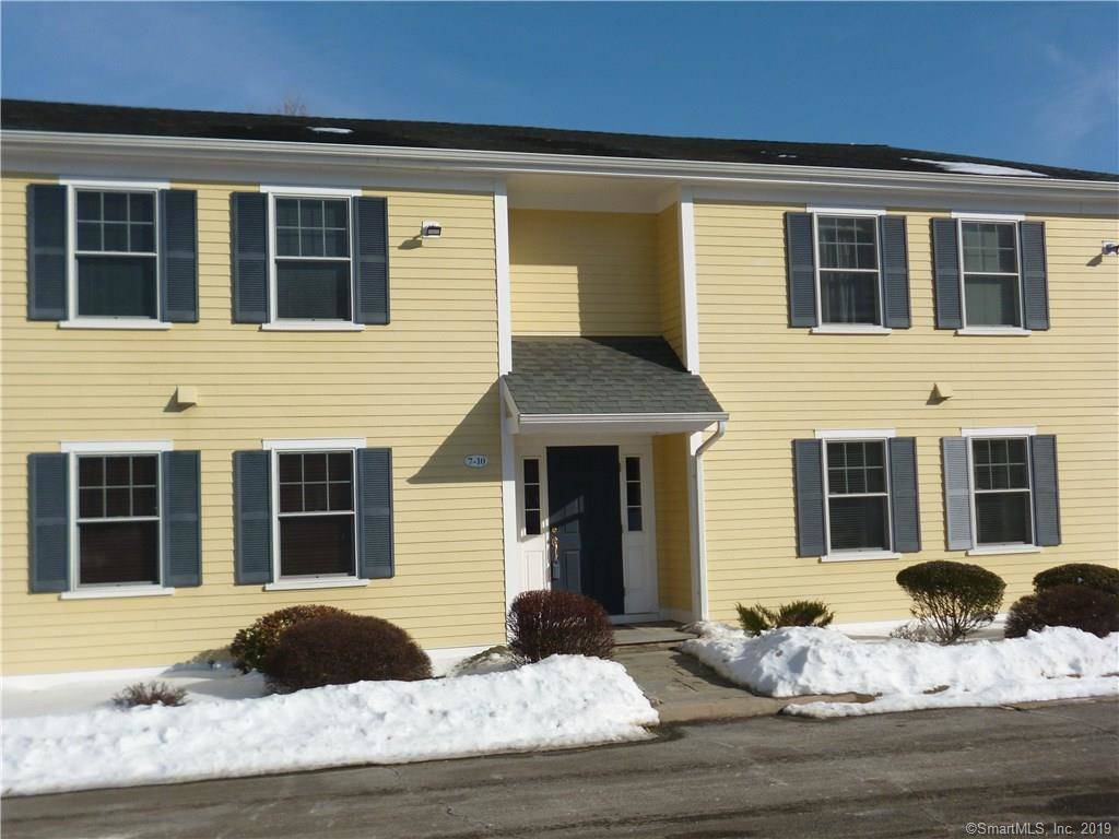 Condo Home Sold in Norwalk CT 06850. Ranch house near river side waterfront.