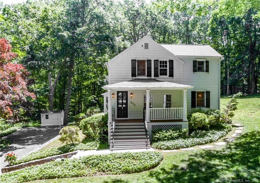 Single Family Home Sold in New Canaan CT 06840. Old colonial cottage house near river side waterfront with 2 car garage.