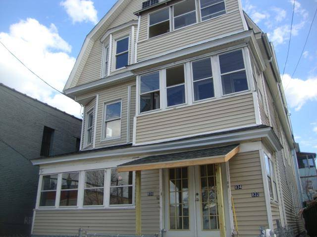 Multi Family Home Rented in Bridgeport CT 06607. Old ranch house near waterfront.