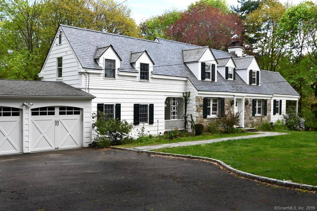 Single Family Home Sold in Stamford CT 06905. Old  cape cod house near waterfront with 2 car garage.