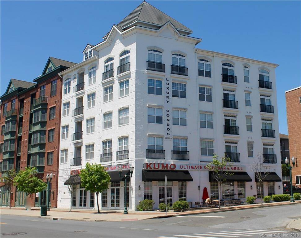 Condo Home Sold in Stamford CT 06902.  house near waterfront with 2 car garage.