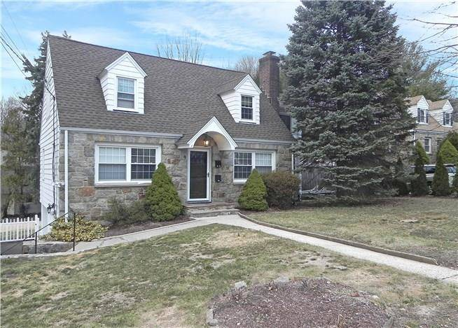 Residential Property Rented in Norwalk CT 06851. Old  cape cod house near beach side waterfront.