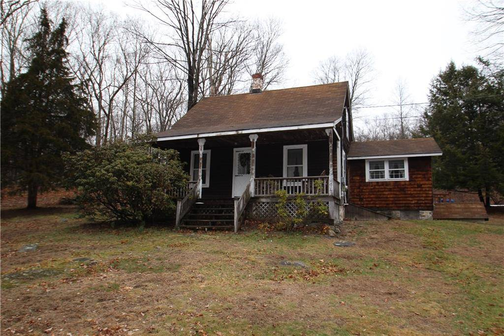 Single Family Home Sold in Monroe CT 06468. Old  cape cod house near waterfront.