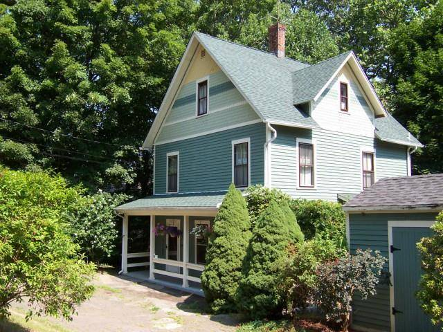 Single Family Home Rented in Shelton CT 06484. Old victorian house near river side waterfront.