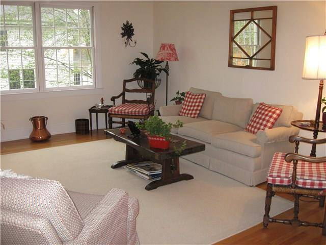 Condo Home Sold in New Canaan CT 06840. Old ranch house near waterfront.