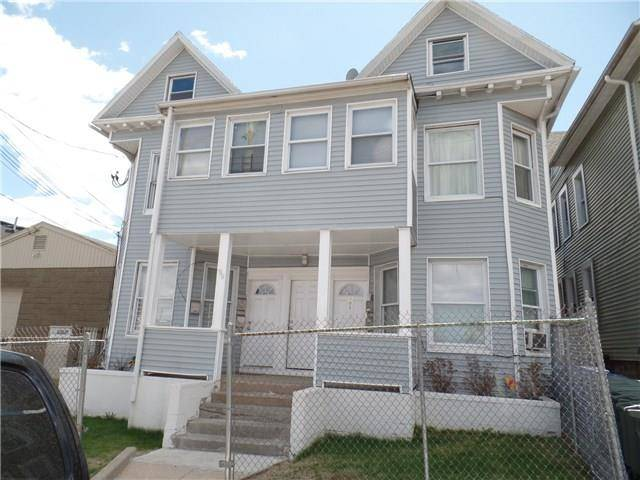 Multi Family Home Rented in Bridgeport CT 06604. Old  house near beach side waterfront.