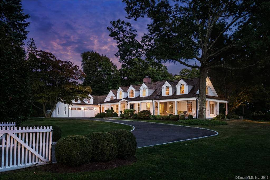 Single Family Home Sold in Fairfield CT 06824. Old  cape cod, farm house near beach side waterfront with swimming pool and 2 car garage.